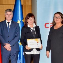 RRA LUR mag. Lilijana Madjar in državna sekretarka Mojca Ramšak Pešec (foto Mišo Franc Sotlar)