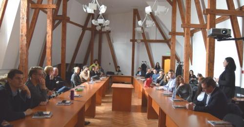 CRE:HUB Dobre prakse razvoja kulturnih in kreativnih industrij tudi v Romuniji