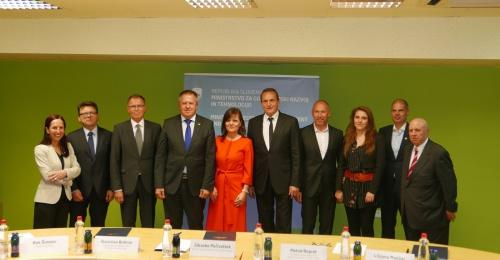 Podpisana prva dogovora za razvoj regij