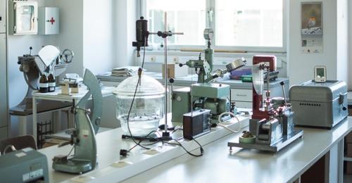 V okviru projekta InnoRenew CoE obiskali Inštitut za celulozo in papir
