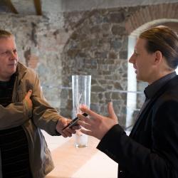 Konferenca Zelena infrastruktura: Marjan Vešligaj, novinar Radia Slovenija in Matej Gojčič, namestnik direktorice RRA LUR (foto Luka Vidic)