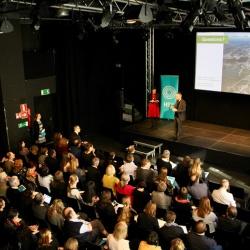 Trajnostna mobilnost: Oblikovanje nizkoogljičnih območij v mestih