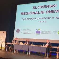 Slovenski regionalni dnevi 2019 - okrogla miza o ustanavljanju pokrajin - foto Arhiv RRA LUR