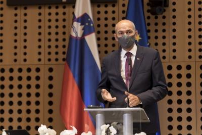 Posvet: Vpliv večletnega finančnega okvira 2021–2027 na KRZS. Nagovor predsednika Vlade RS Janeza Janše. Foto: Aleš Rosa