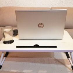 LapOffice: spletna prodaja zložljivih računalniških mizic za prenosnike